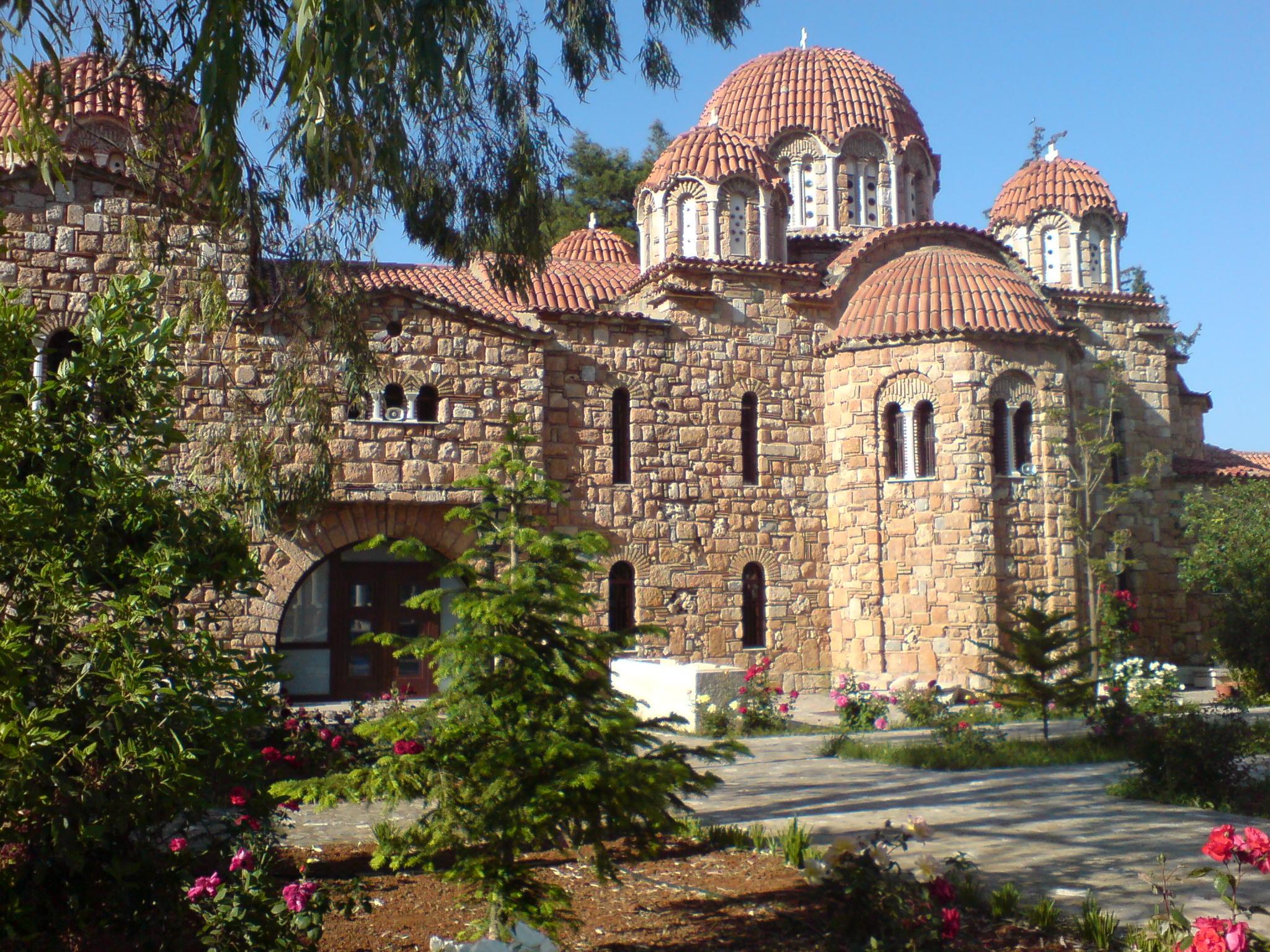 Αγία Ειρήνη Χρυσοβαλάντου – Νέα Μάκρη – Άγιος Εφραίμ